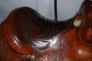 Saddle5.jpg (63270 bytes)