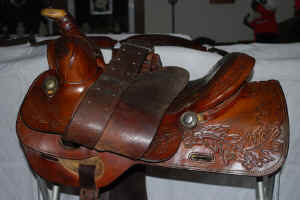 Saddle6.jpg (60092 bytes)